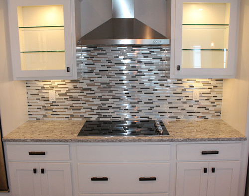 What Backsplash Is Used With The Moon White Granite