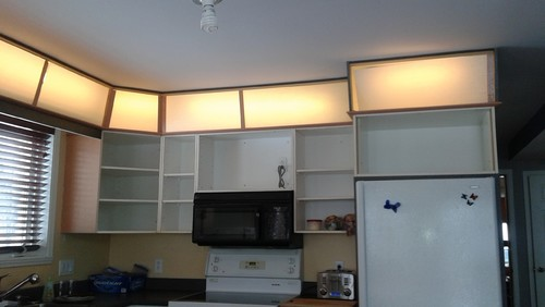 over kitchen cabinet lighting lighting above kitchen cabinets 24188