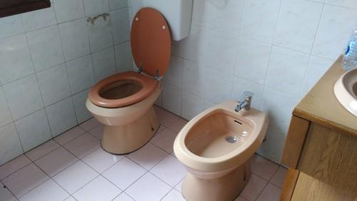 Cerco idee per salvare il bagno for Cerco mobile bagno