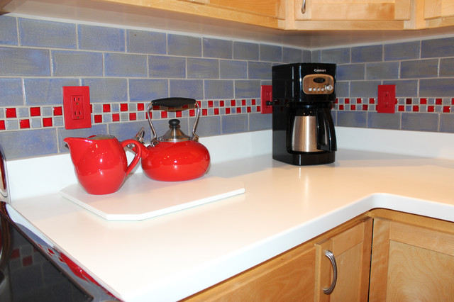 Attrayant Retro Red Kitchen With Blue Fog Subway Tiles Midcentury