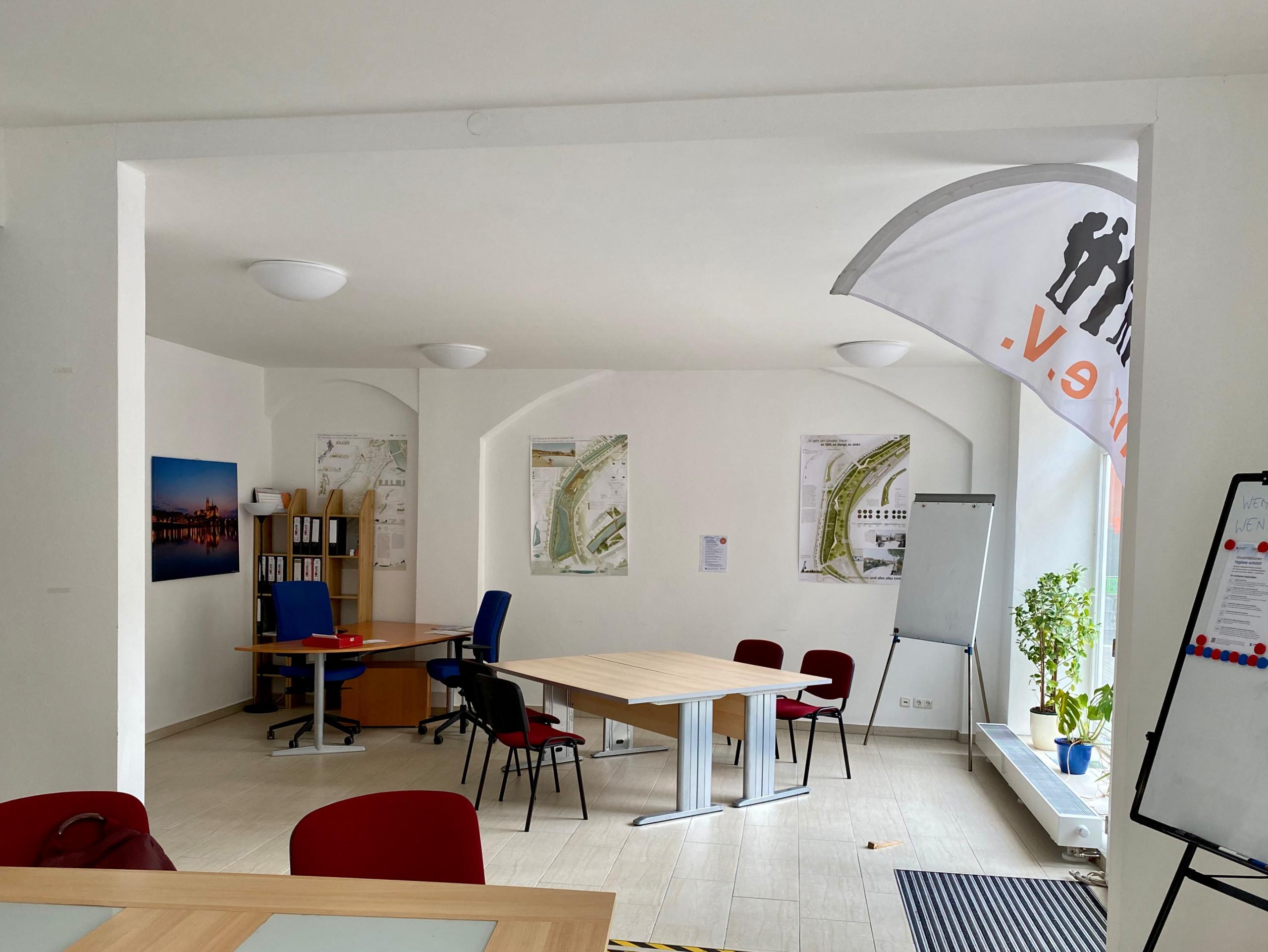 Begegnungsraum und Büro