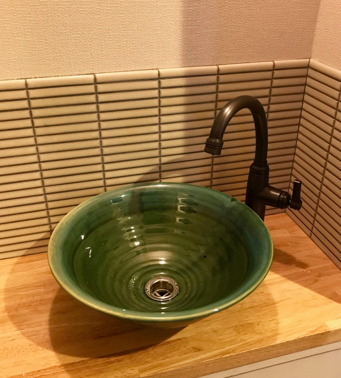 お洒落な造作洗面&手洗いコーナー