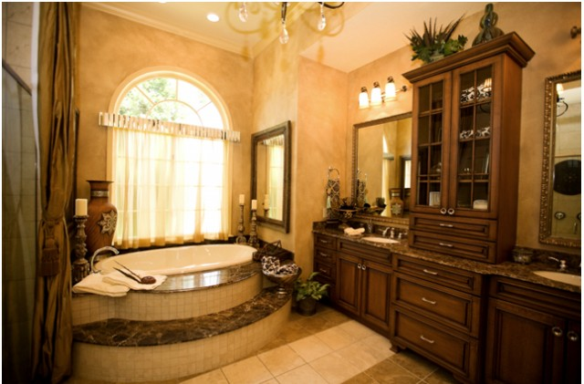 Elegant Bathroom : traditional bathroom from www.houzz.com size 640 x 421 jpeg 70kB
