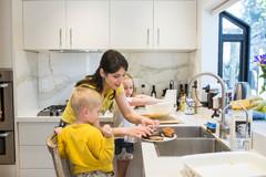 Дети на кухне 9 правил совместной готовки (12 photos)