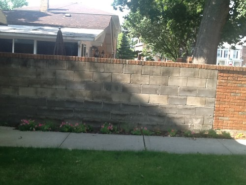 Cinder Block Wall Design concrete rubble block retaining wall note the cap Ugly Cinder Block Wall