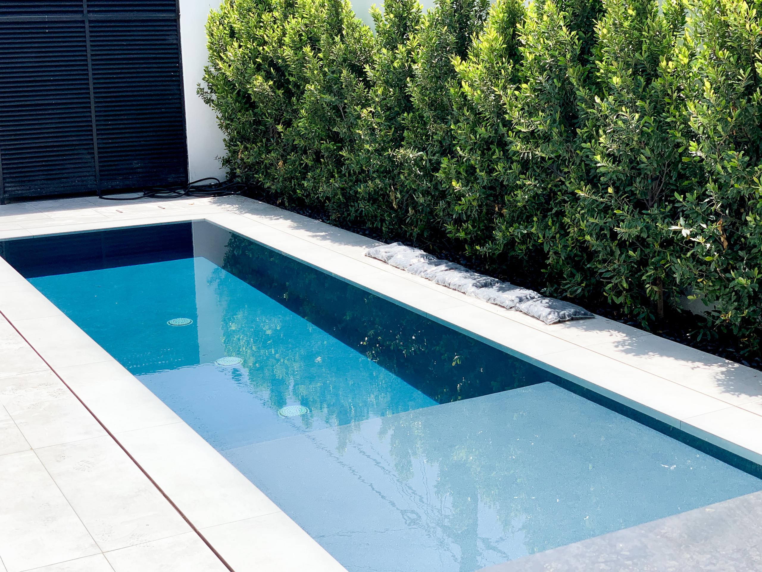 Modern swim