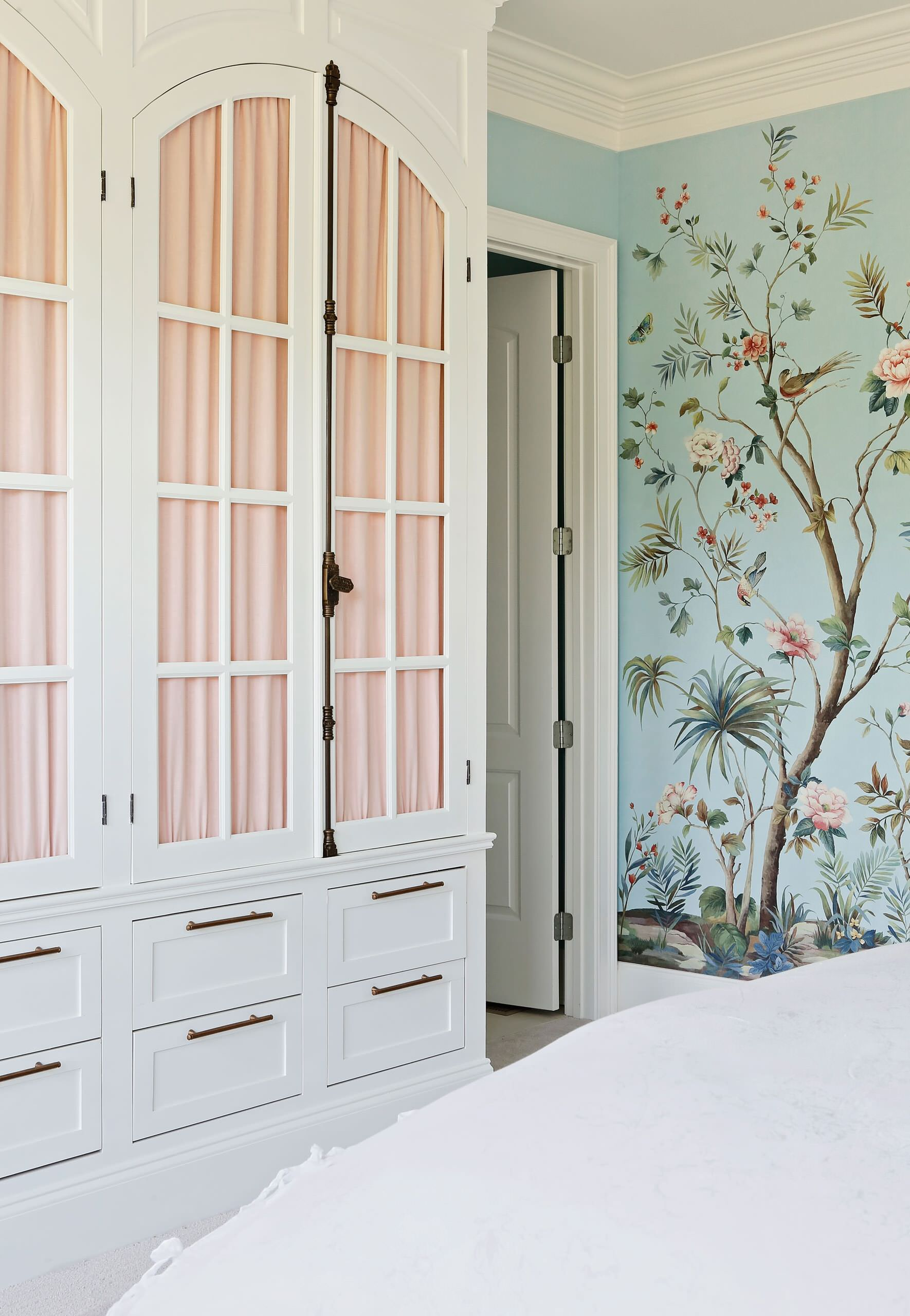 Soft Blue Floral Wallcovering