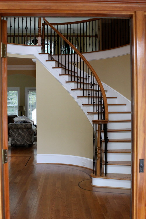 Home Without A Foyer : Need help for my foyer entry rounded staircase is