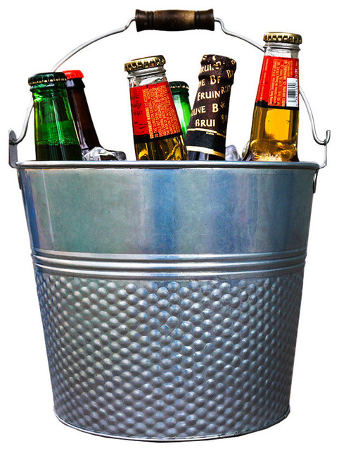 Alehouse 5QT Silver Hammered Circular Party Ice Bucket With Wooden Grip