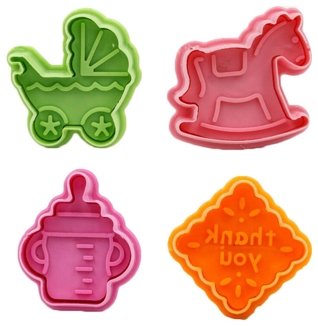 4-Piece Random Color Featuring Cookie Cutters Of Children Toys Shape.