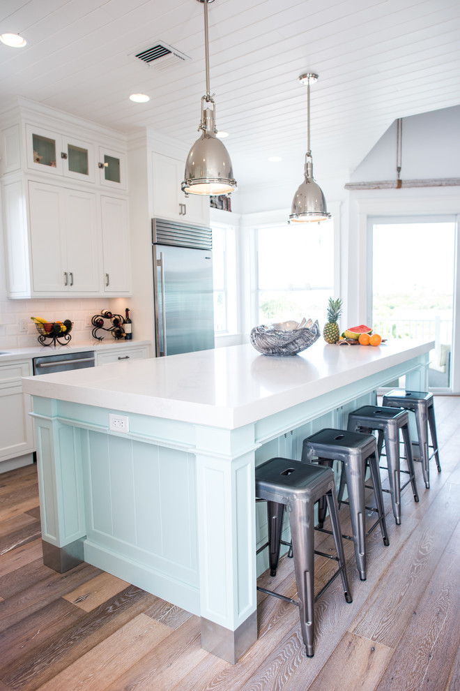 Inspiration for a coastal home design remodel in San Diego
