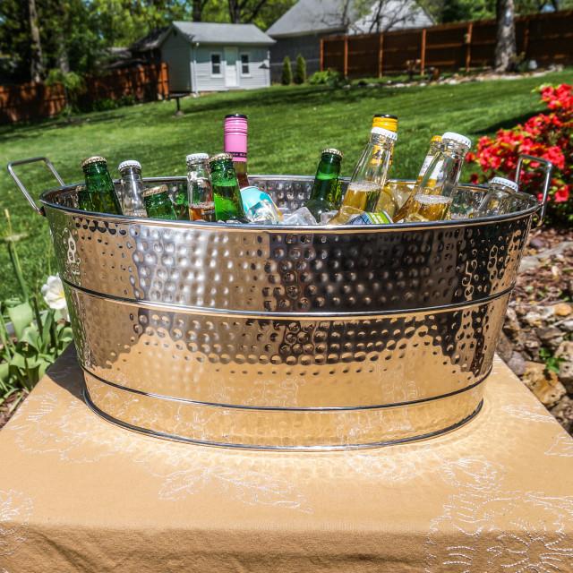 Aspen Hammered Stainless Steel Beverage Tub, Large