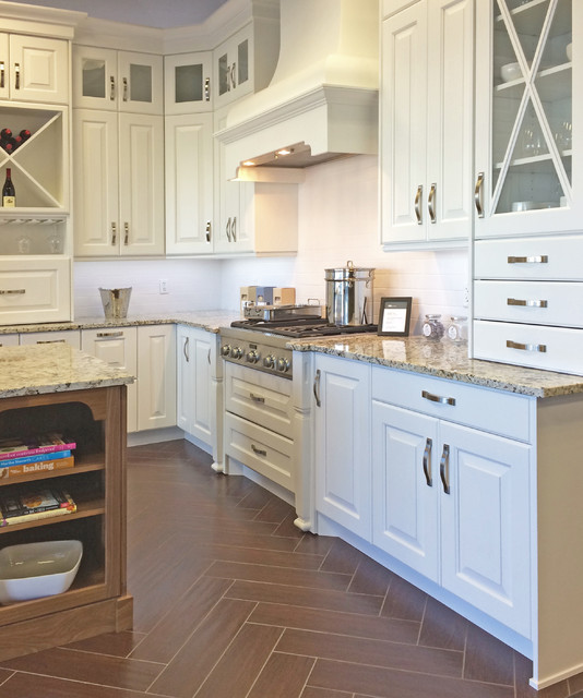 Kitchen Cabinet Company: Bellmont 1900 Series