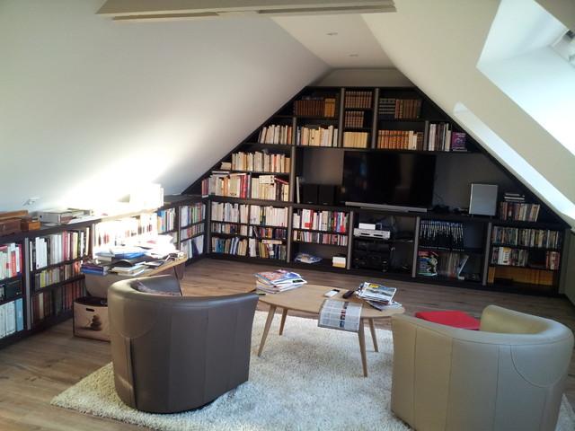 am nagement sous combles contemporain salon rennes par antoine de cast ras. Black Bedroom Furniture Sets. Home Design Ideas