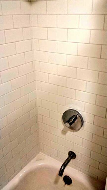 Bathrooms for Carrelage valente