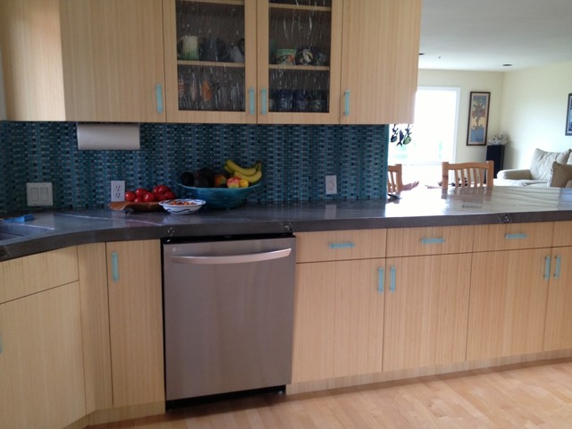 glass kitchen cabinet handles or drawer pulls - Contemporary - Cabinet ...