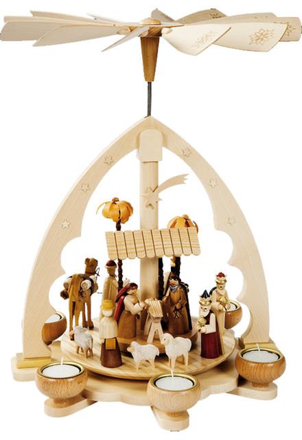 Richard Glaesser Nativity Scene With Animals Pyramid
