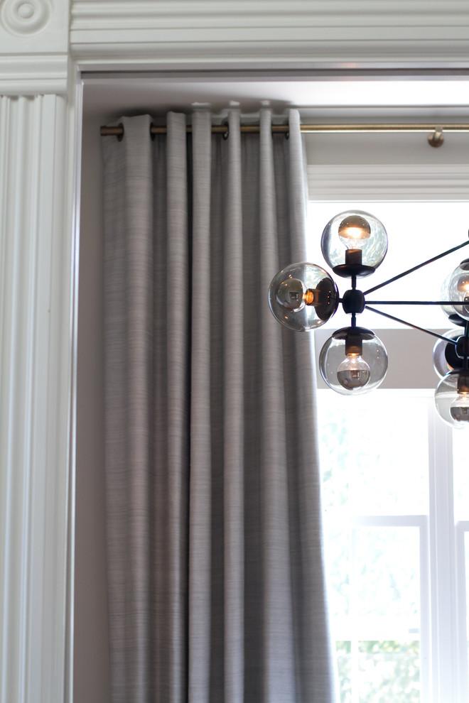 Mid-sized minimalist home design photo in San Francisco