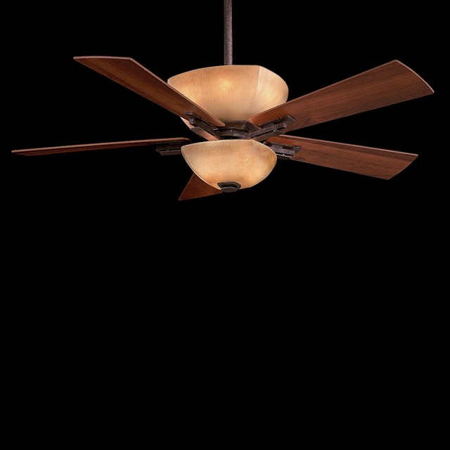Ceiling Fan With 5-Blades And Light Kit.