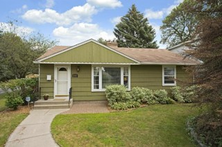 Need Help Picking An Exterior Paint Color For Our House Any Ideas