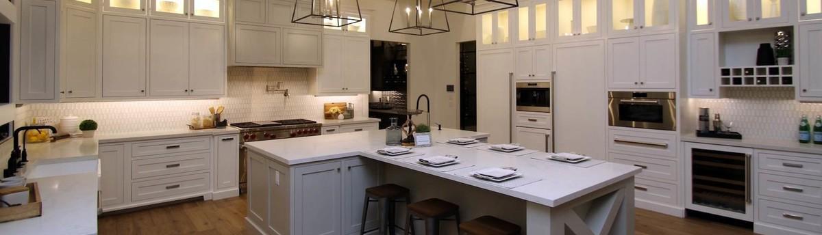 Revamp Professional Home Stagers - Phoenix, AZ, US 85086