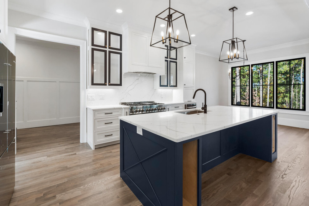 Inspiration for a contemporary kitchen remodel in Atlanta