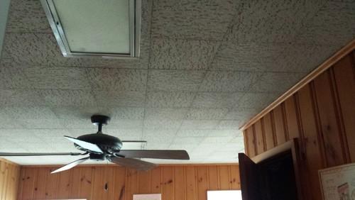 Generous 12 X 24 Ceramic Tile Thick 12X12 Vinyl Floor Tile Rectangular 18 X 18 Ceramic Tile 2X4 Glass Tile Backsplash Old 2X4 White Subway Tile Red3D Floor Tiles Please, Please Help! Painting Ceiling Tile, Ugly Box Fixtures!