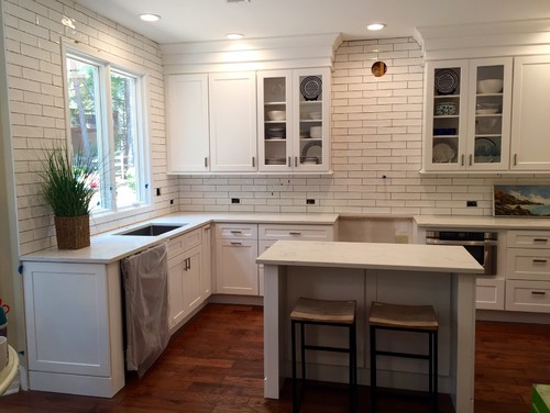 Help need grout color advice asap for Manhattan beige paint color
