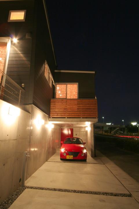 ガレージのある家 W-Garage