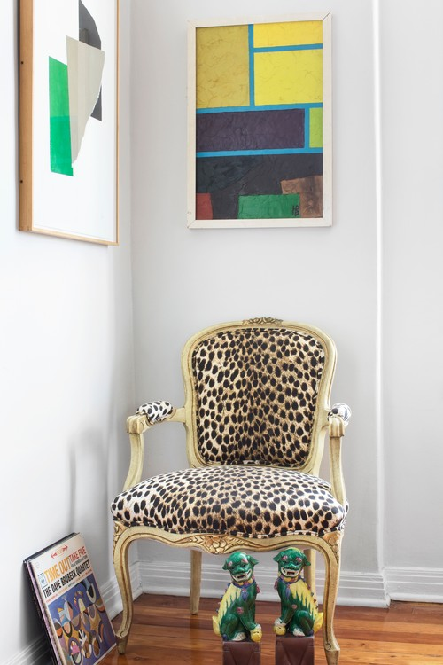 Amazing How To Play With Fabrics And Patterns On Upholstered Furniture Squirreltailoven Fun Painted Chair Ideas Images Squirreltailovenorg