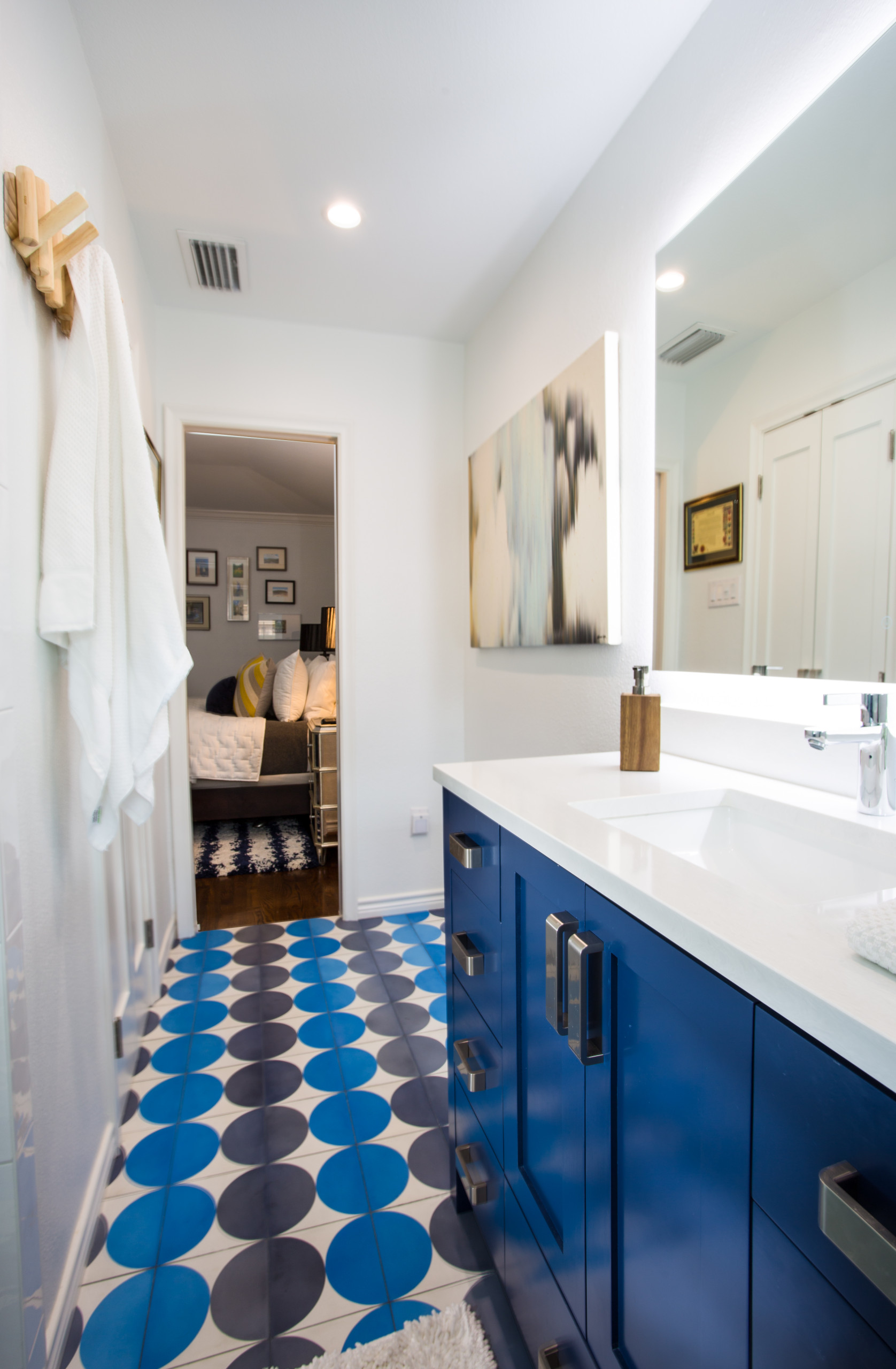 Master Bath with Bold Colors