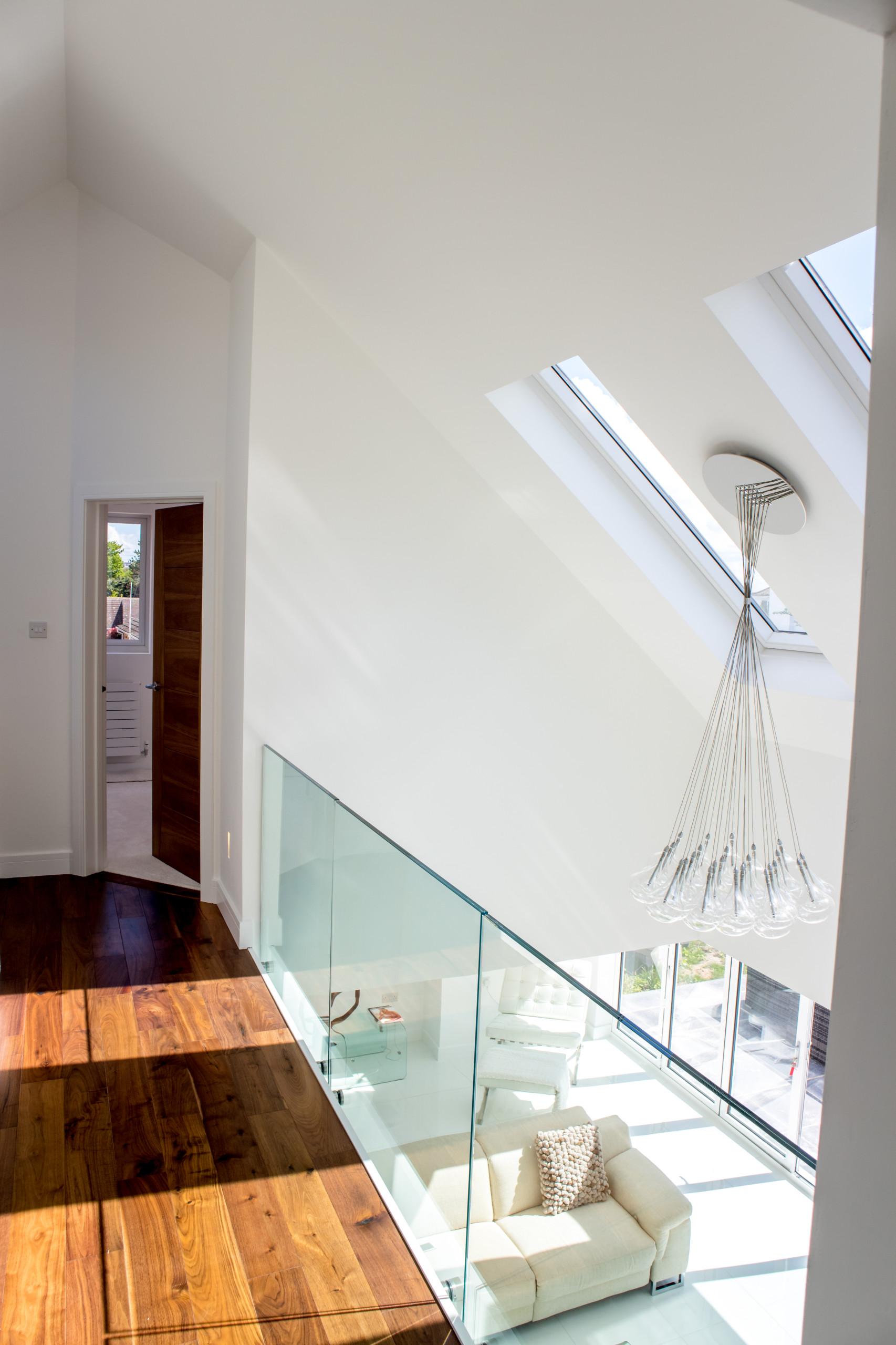 Glass gallery