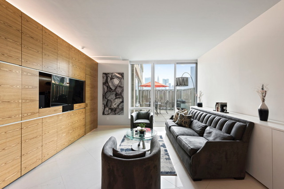 LONG ISLAND CITY APARTMENT
