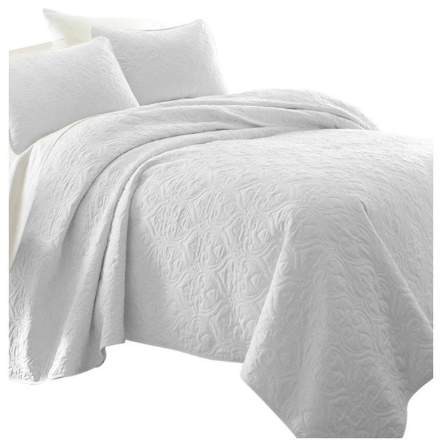 Becky Cameron Premium Ultra Soft Damask Pattern Quilted Coverlet Set, White, Twi