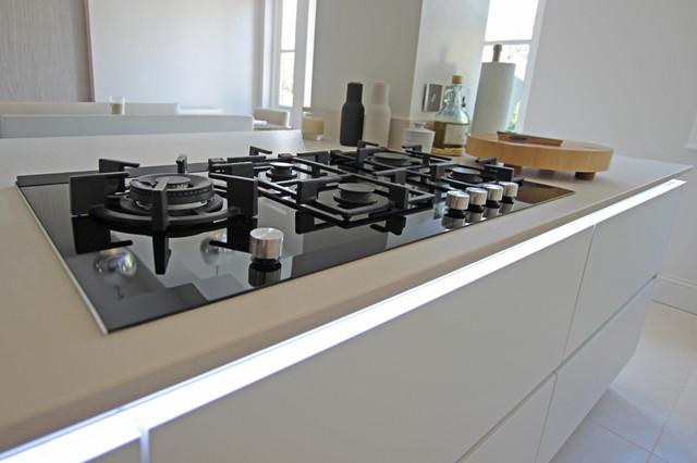 Kitchen Island Hob kitchen island gas hob - contemporary - london -lwk kitchens