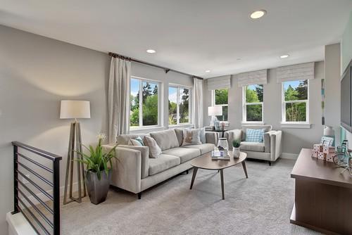 Elegant Loft Or Room Upstairs