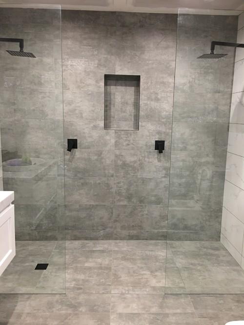 Bathroom shower design fail for Bathroom design fails