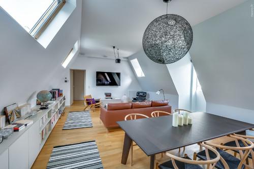 Appartement sous les toits poutres apparentes pour ou for Appartement sous les toits