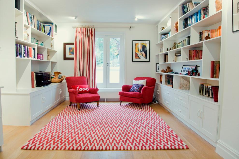 Home design - traditional home design idea in London