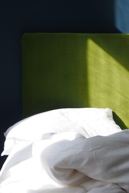 Berühmt DIY: So basteln Sie sich ein superweiches Kopfteil fürs Bett FH96