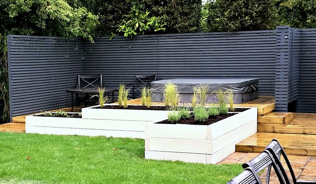 Superb Contemporary Hot Tub Garden   Hot Tub, Raised Beds And Seating Area  Contemporary Garden