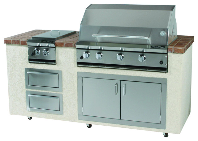 "36"" Natural Gas Hybrid Grill With Rear Broiler And Heavy Duty Rotisserie."
