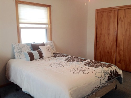 ... is noticeable in our Iowa winters when sleeping under the window. I am attaching a few photos of our room and a few ideas I have found on house. Thanks! & Queen bed in front of window- headboard? Drapes? Pezcame.Com