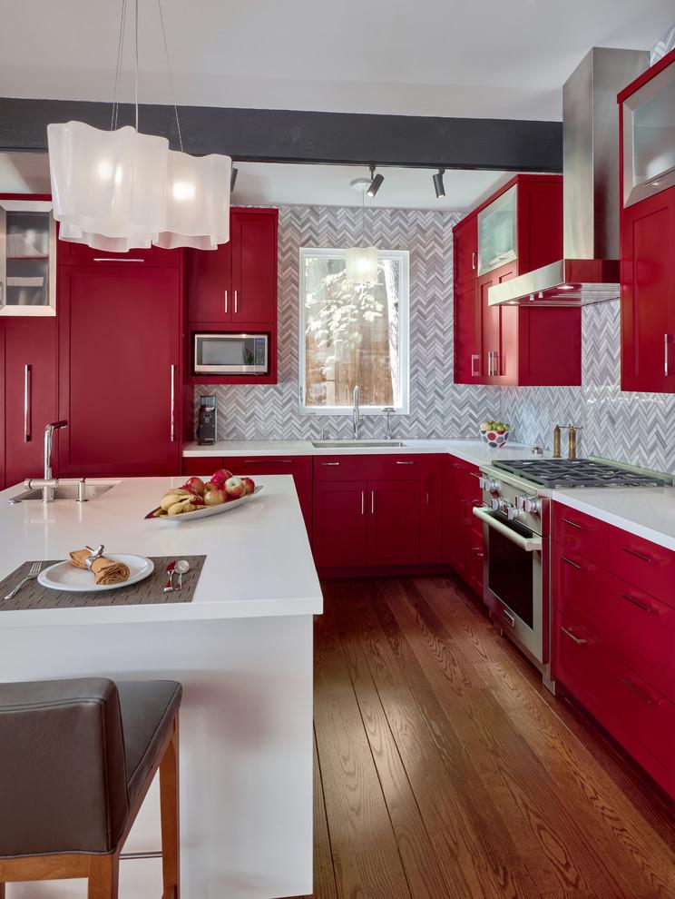 Inspiration for a modern home design remodel in San Francisco