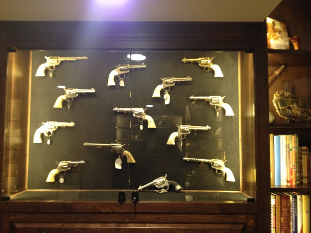 Gun Room Gun Display Gun Cabinet Traditional Home Design Ideas