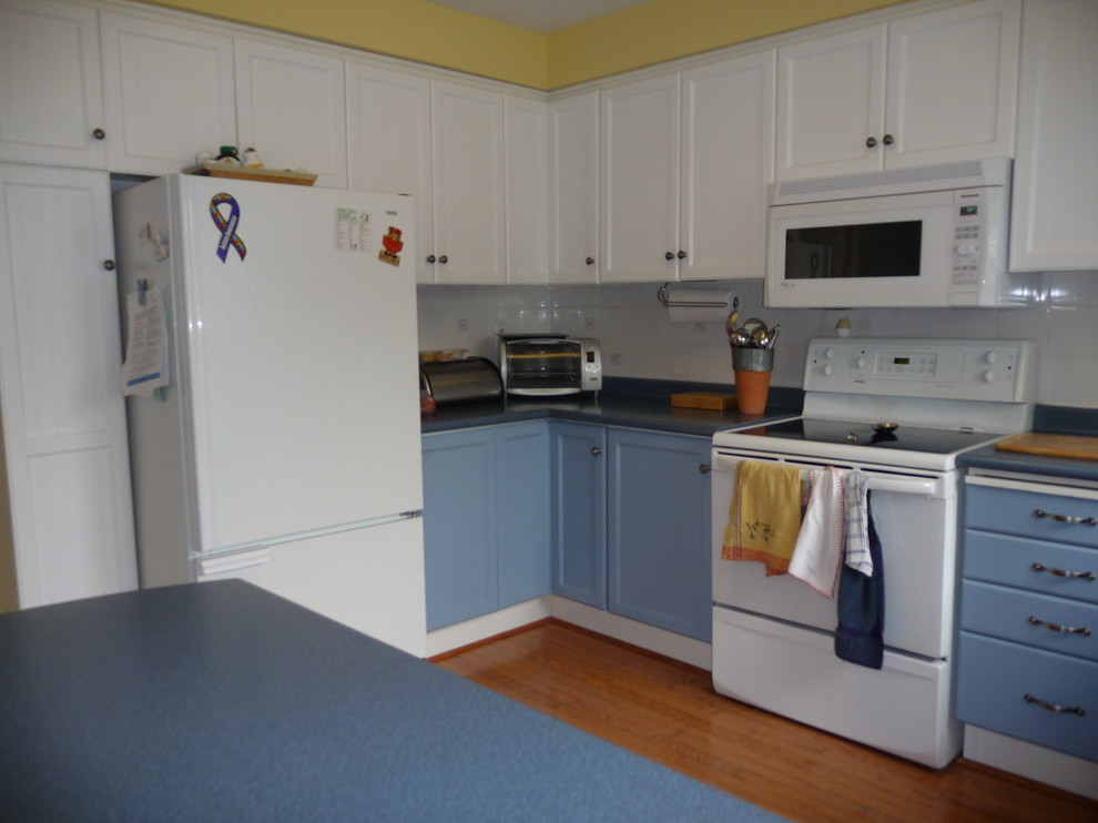 Before Picture:Kitchen Renovation Stoney Creek