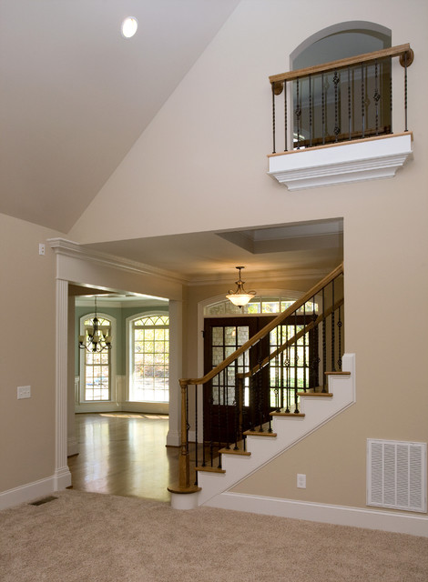 Elegant home design photo in Other