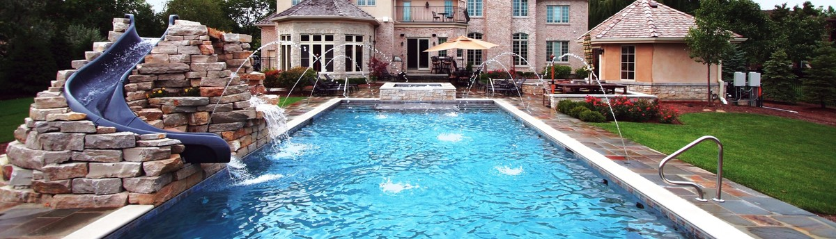 Frankfort Perimeter Overflow Pool with Spa
