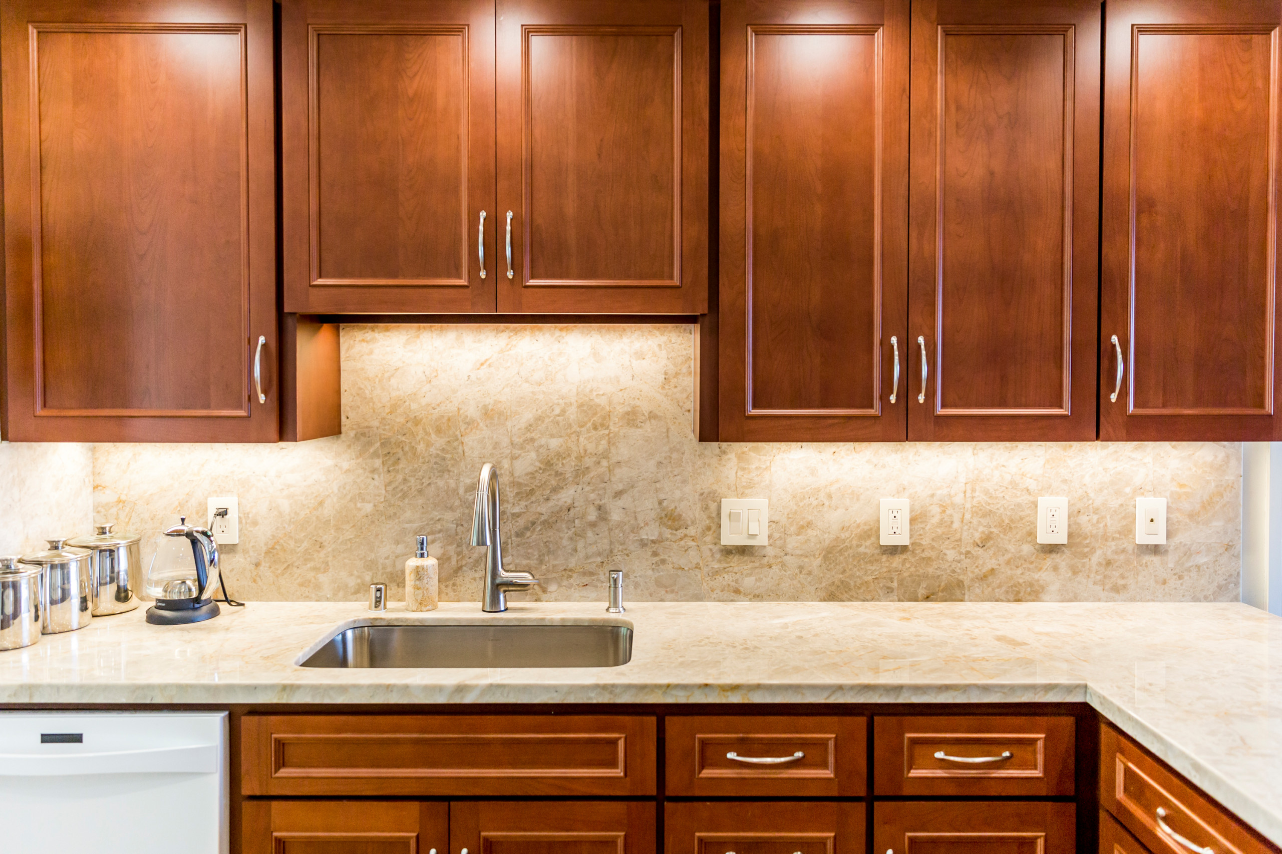 Kitchen Reface and Brand New Bathrooms
