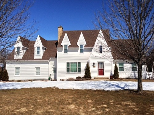 looking for advice on siding color stone ideas